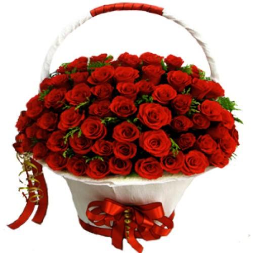 Купить на заказ Заказать Корзина с цветами 8 с доставкой по Усть-Каменогорску с доставкой в Усть-Каменогорске