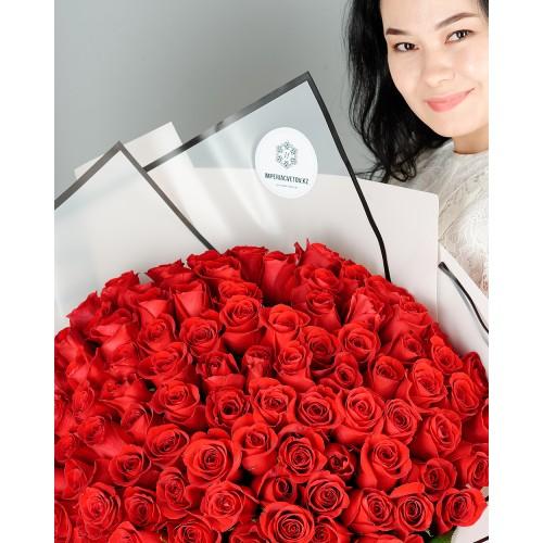 Купить на заказ Заказать Букет из 101 красной розы с доставкой по Усть-Каменогорску с доставкой в Усть-Каменогорске