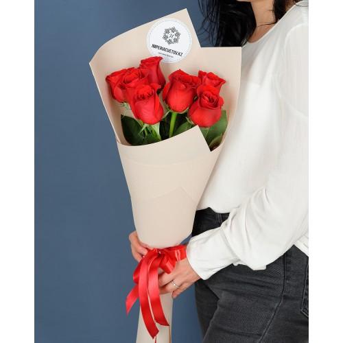 Купить на заказ Заказать Букет из 7 роз с доставкой по Усть-Каменогорску с доставкой в Усть-Каменогорске