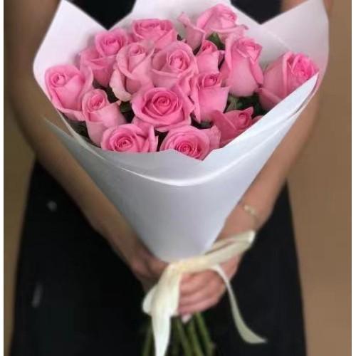 Купить на заказ Заказать 15 розовых роз с доставкой по Усть-Каменогорску с доставкой в Усть-Каменогорске